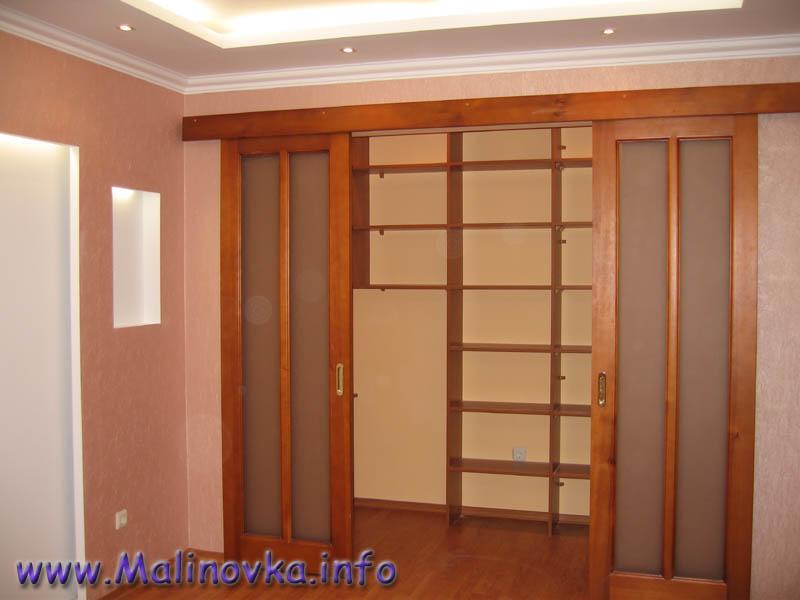 Сделать встроенный шкаф с раздвижными дверями своими руками